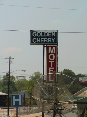 Golden Cherry Motel